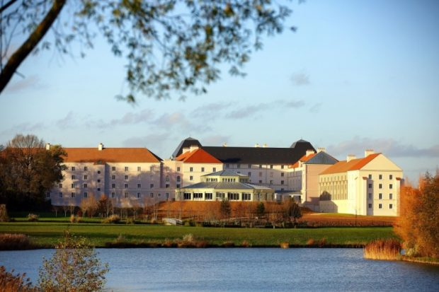 Inauguration de l 39 h tel b b h tel conseill disneyland for Hotel chaine paris