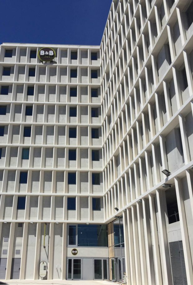 MARSEILLE LES PORTS_BBHotels