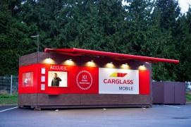 carglass c l bre l 39 ouverture de son 400 me centre et met en place un nouveau concept de centre. Black Bedroom Furniture Sets. Home Design Ideas